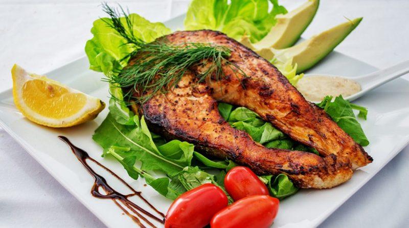อาหารโปรตีนไขมันต่ำ